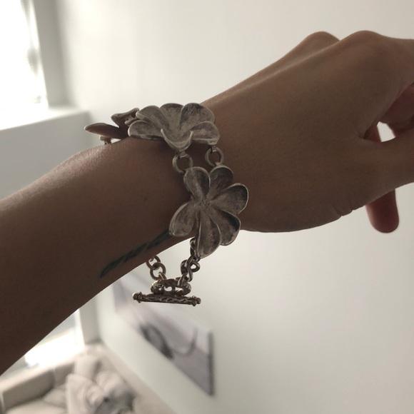 🌸 Silver Flower Bracelet